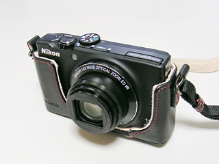 COOLPIX S8200 正面