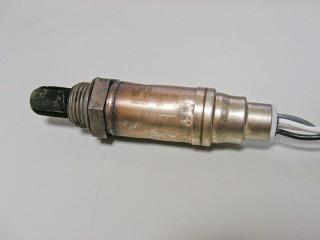 106S16 O2センサー純正品